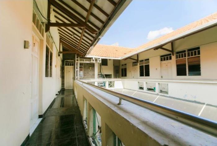 Riyadi Guest House Surabaya - Lantai 2