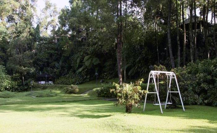 Elliottii Residence Cisarua Bogor - Taman
