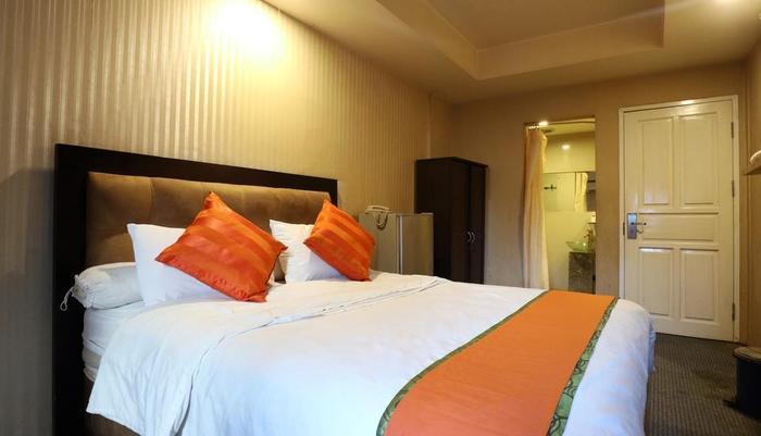 Magnolia Hotel Jakarta - deluxe 2