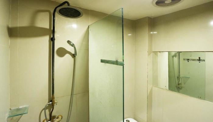 Magnolia Hotel Jakarta - deluxe bathroom 1