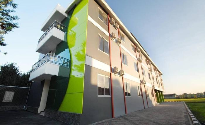 D'Madinah Residence Syariah Hotel Solo Solo - Eksterior
