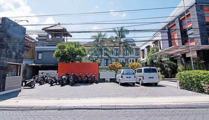 ZEN Premium Padma 2 legian Bali - Tampak luar