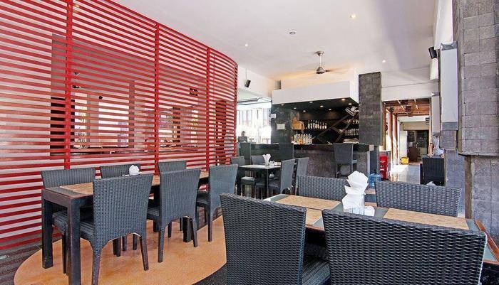 ZEN Premium Padma 2 legian Bali - Restoran