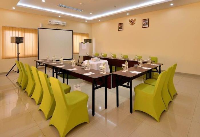 De Batara Hotel Bandung - Meeting Room