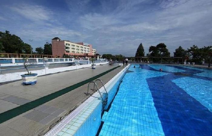 Hotel Bintang Sintuk Bontang - Kolam Renang