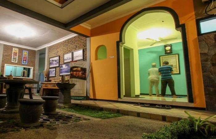 Guest House Rumah Wahidin Syariah Probolinggo - Musholla