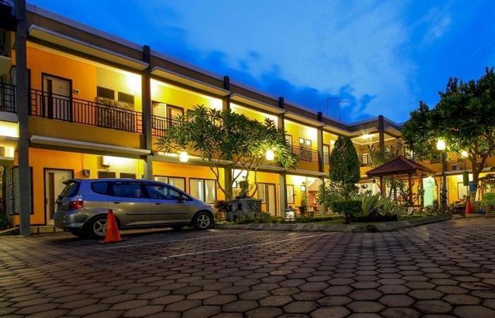 Guest House Rumah Wahidin Syariah Probolinggo - Eksterior
