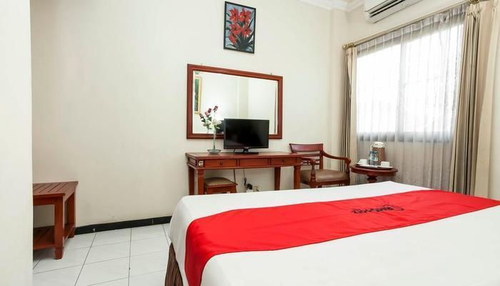 RedDoorz @ Pucang Anom Surabaya - Kamar Tamu