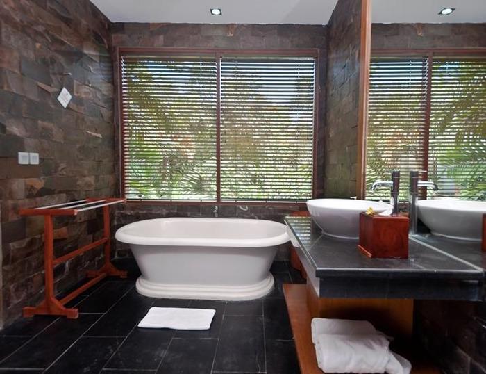 Dipan Resort Bali - bathroom