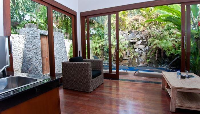 Dipan Resort Bali - living room