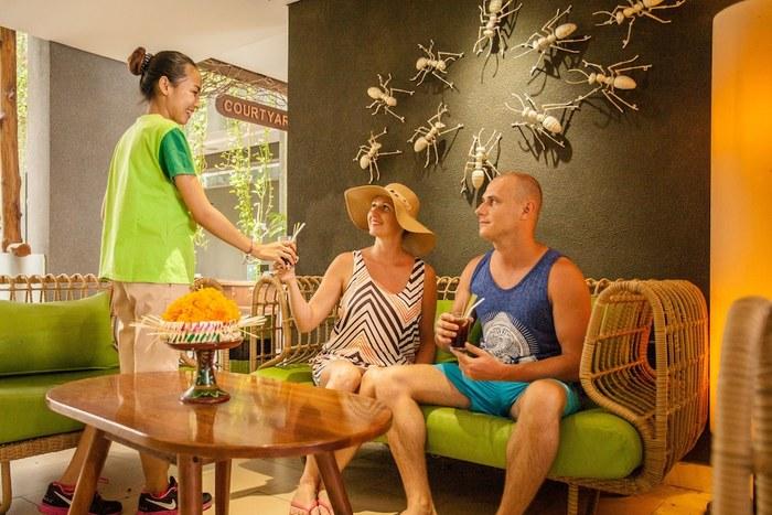 Grandmas Plus Hotel Legian - Hotel Lounge