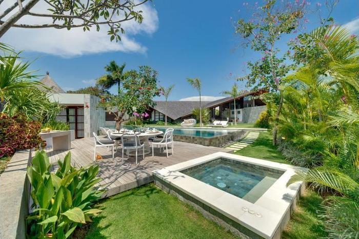 The Layar - Designer Villas & Spa Seminyak - Featured Image