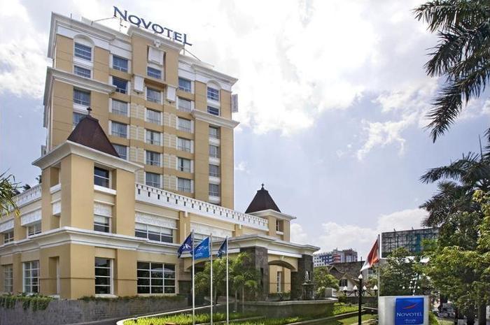 Novotel Semarang - Hotel Bar