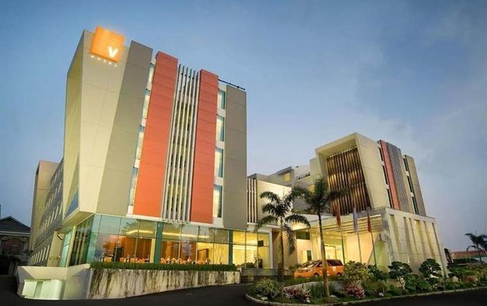 V Hotel & Residence Bandung - Eksterior