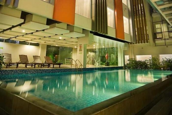 V Hotel & Residence Bandung - Kolam Renang