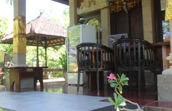 Van Karning Bungalow Bali - Ruang tamu