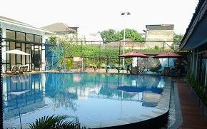 Hotel Patra Jasa jakarta - Kolam Renang