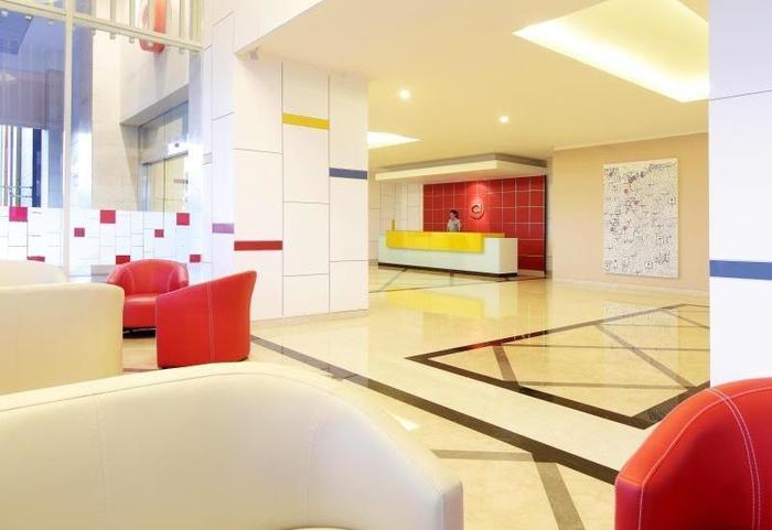 Amaris Mangga Dua - Lobby