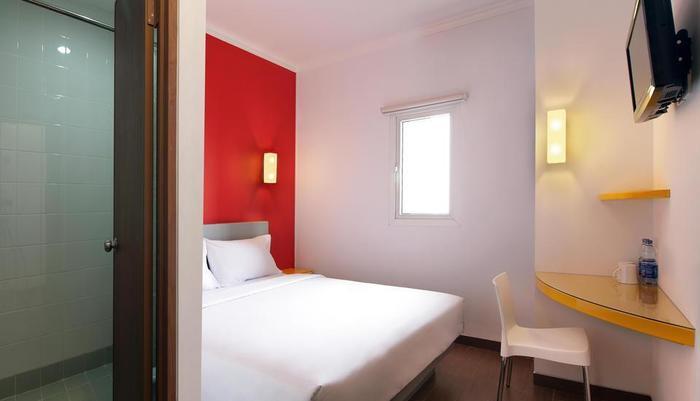 Amaris Mangga Dua - smart room dua tempat tidur