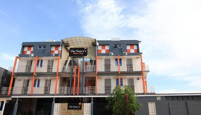 The Nancys Home Stay Pekanbaru - Exterior