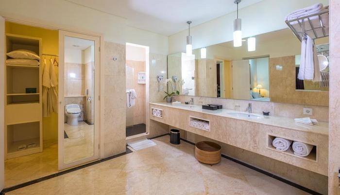 Sintesa Peninsula Palembang - Presidential Suite kamar mandi