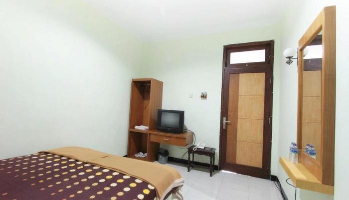 Ndalem Mantrijeron Hotel Yogyakarta - Plengkung Gading Double Room
