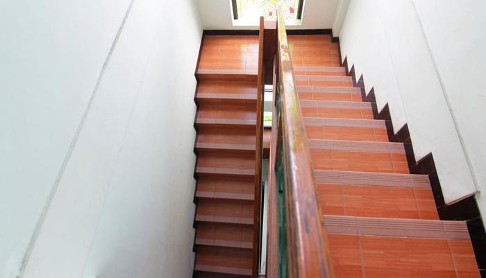 Ndalem Mantrijeron Hotel Yogyakarta - Tangga