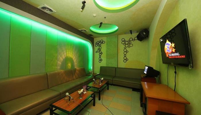Maharani Hotel Jakarta - karaoke