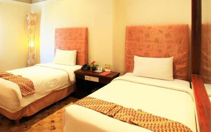 Grand Tryas Hotel Cirebon - Deluxe Twin