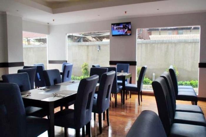 P Hotel Jakarta - Restoran
