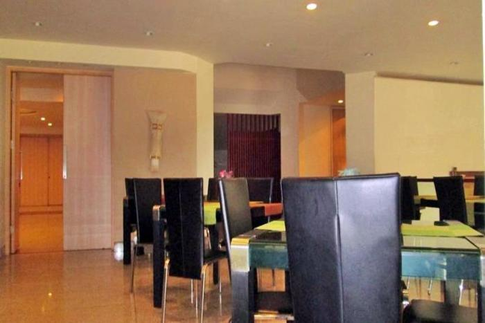 Kenari Tower Hotel Makassar - Ruang makan