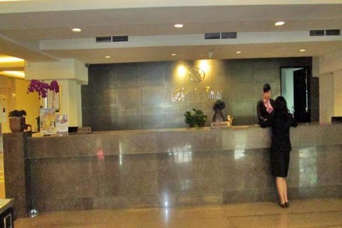Kenari Tower Hotel Makassar - Resepsionis