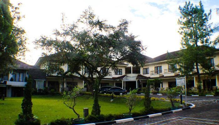 Resort Prima Cipayung - Resort Prima Cipayung
