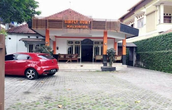Simply Homy Guest House Malioboro Yogyakarta - Exterior
