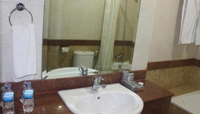 Hotel Yasmin Jayapura Jayapura - wastafel