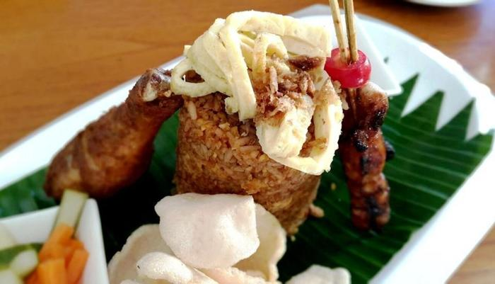 Vouk Hotel and Suite Bali - Nasi goreng