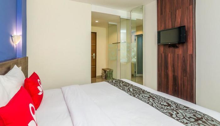 ZenRooms Jimbaran Taman Mulia - Tempat Tidur Double