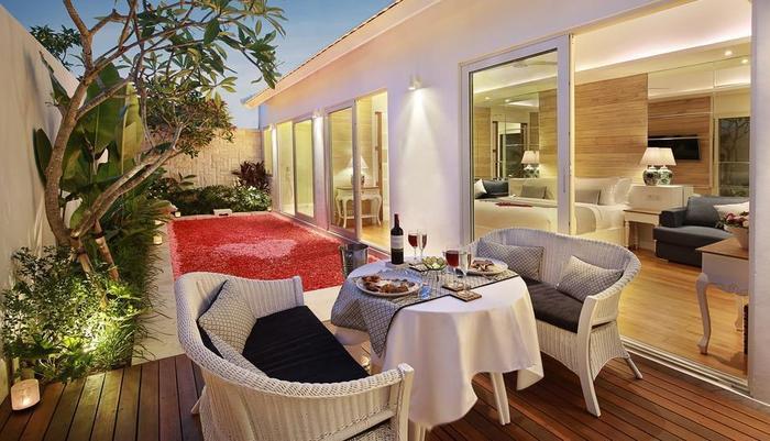 Aleva Villa Bali - Makan Malam Romantis