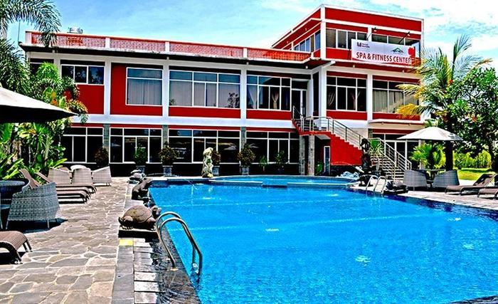 Merapi Merbabu Hotel Jogja - Kolam Renang