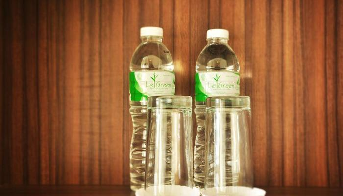 LeGreen Suite Gatot Subroto on Pejompongan V - Water compliment
