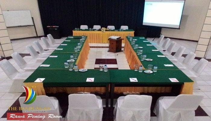 The Bandungan Hotel Semarang - Rawa Pening room