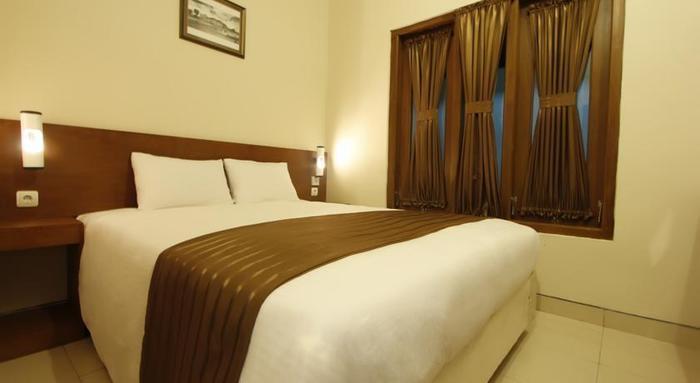 Grand Surya Hotel Yogyakarta - Kamar Tamu