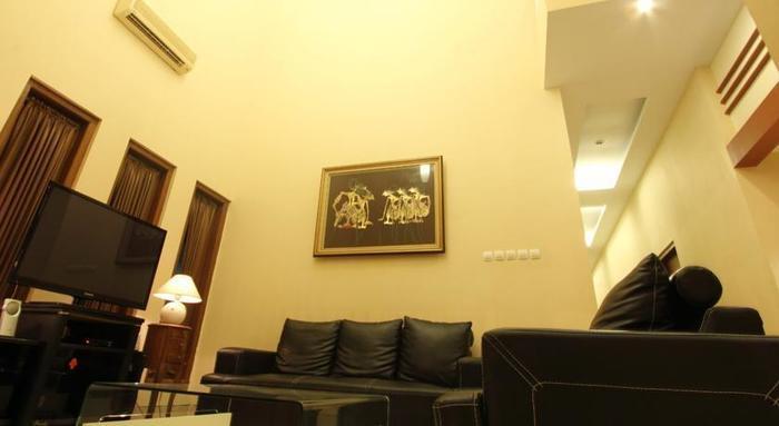 Grand Surya Hotel Yogyakarta - Ruang Tamu