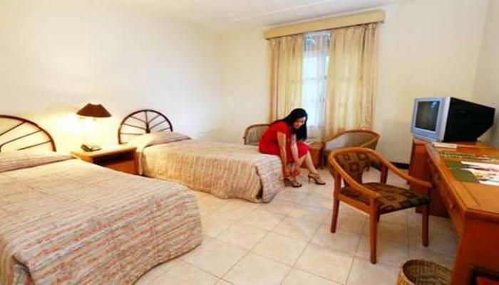Hotel Merdeka  Kediri - Superior Twin Room