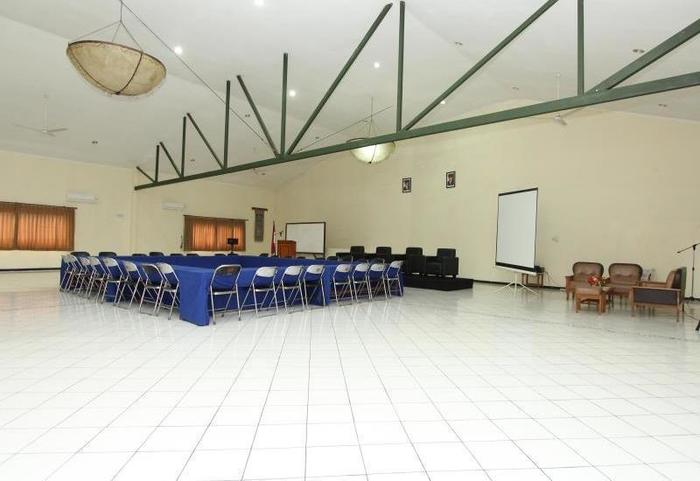 Hotel Augusta Surapati - Meeting Room