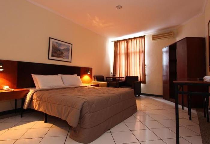 Hotel Augusta Surapati - Deluxe Double