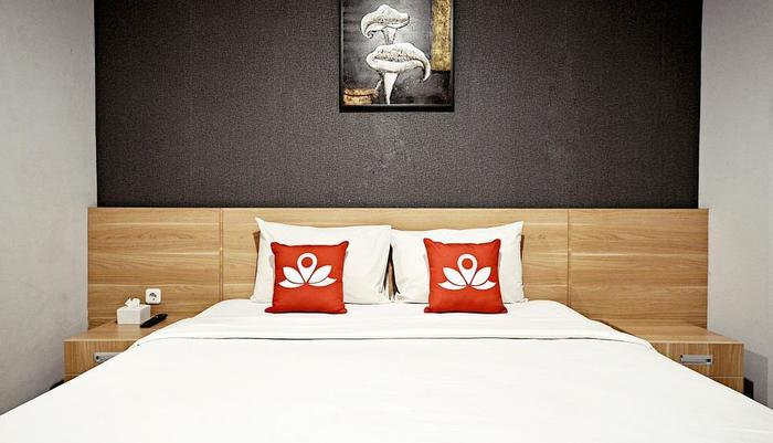 ZenRooms Cipete - Lihat tempat tidur double