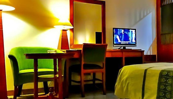 Griya Sentana Hotel Yogyakarta - Kamar tidur
