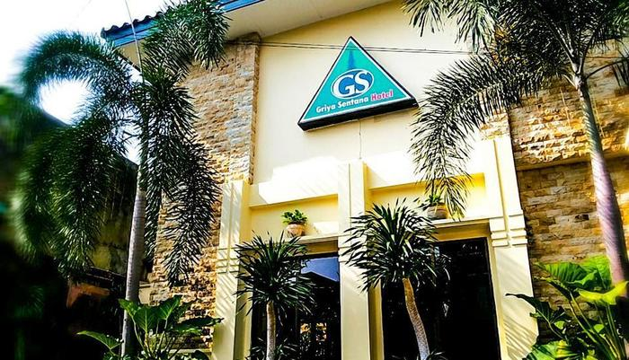 Griya Sentana Hotel Yogyakarta - bagian depan hotel