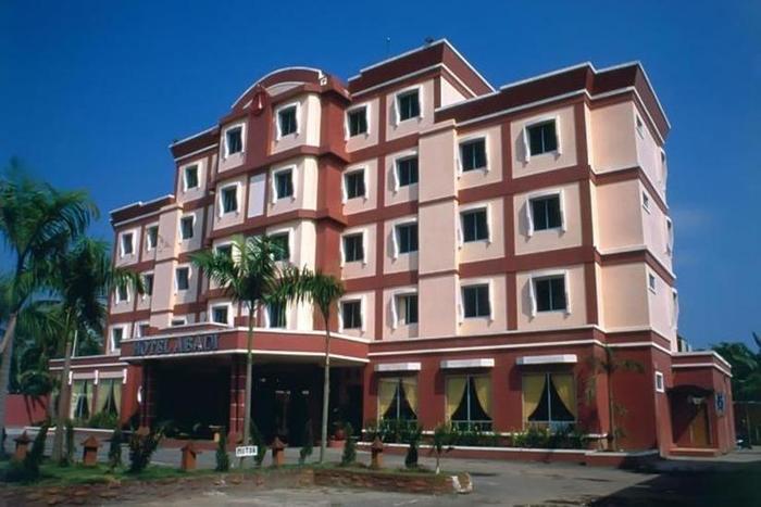 Abadi Suite Hotel   - Eksterior
